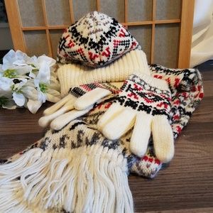 3 pc Hat,Scarf and gloves